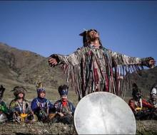 szaman-zjazd-szamanów-Tuva-2014-The-call-of-13-shamans-kobiety-mocy-o-obrzedy-rytualy-szmanskie-poganskie-naturalnienaturalni