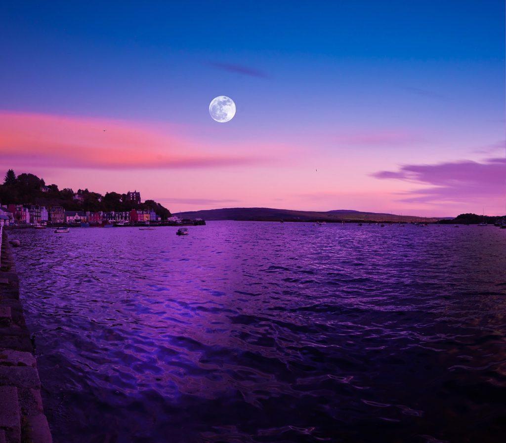 full-moon-1751814_1280