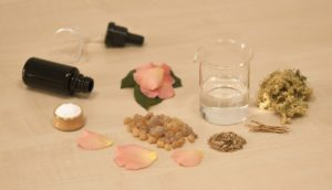 creating-perfume-1539654_1280